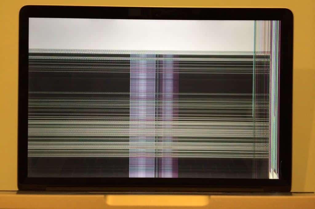 Cracked computer screen macbook pro